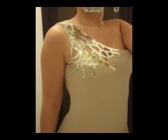 Bodycon haljina sašljokicama