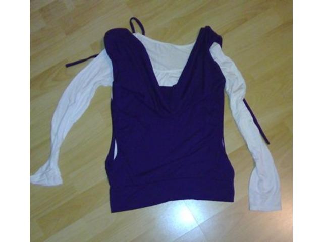 Ljubičasto-bijela majica