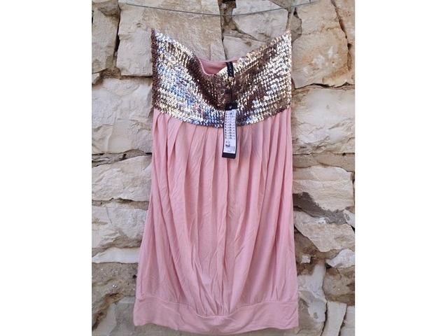 Roza haljina sa sljokicama