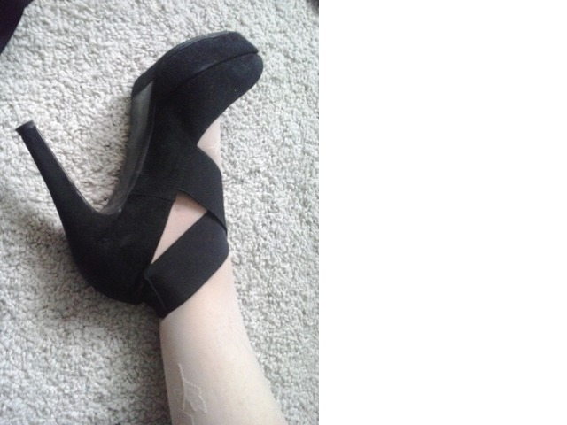 NOVE kožne cipele 41