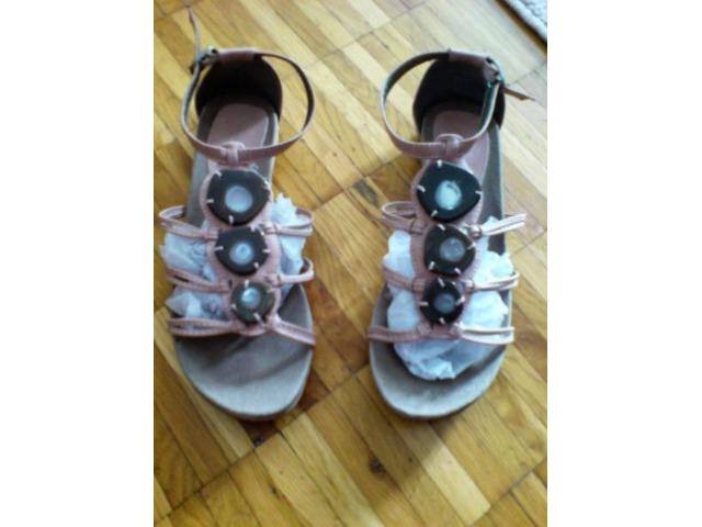 Prljavo roze sandale 39