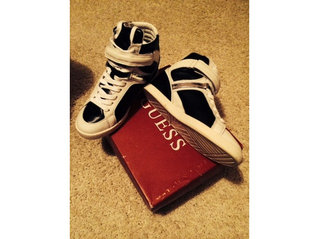 Guess wedges nove 38