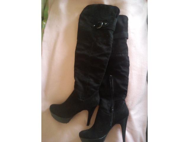 Visoke crne čizme 1 put nošene