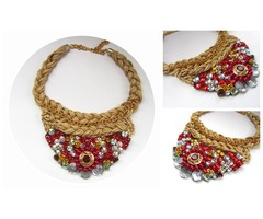 Unikatna crvena ogrlica