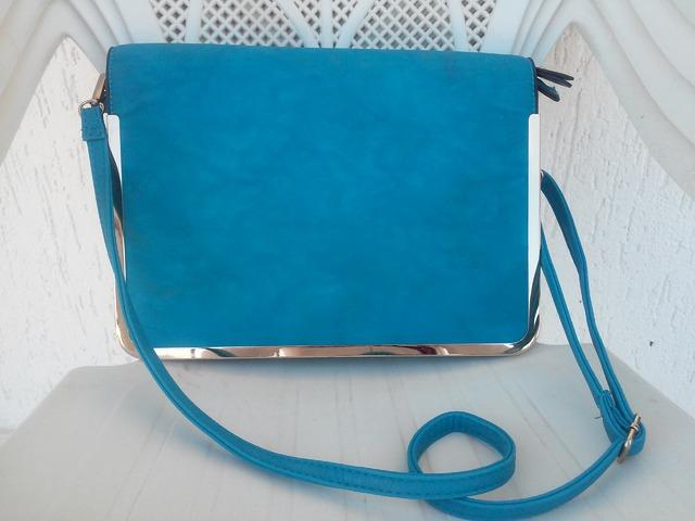 Tirkizno plava torba