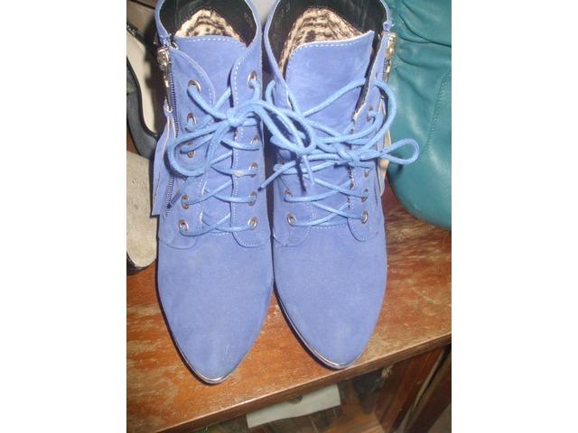 Prekrasne plave cipe