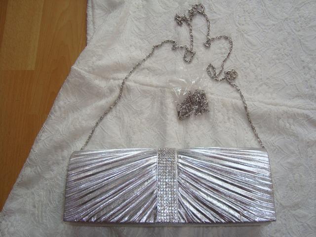 Srebrna svečana torbica