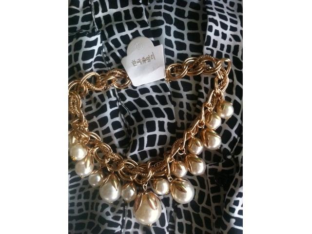 Velika biserna ogrlica