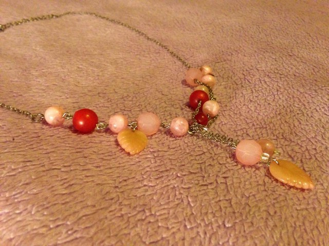 Ružičasta ogrlica