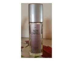 Naomi Campbell parfum deodorant..