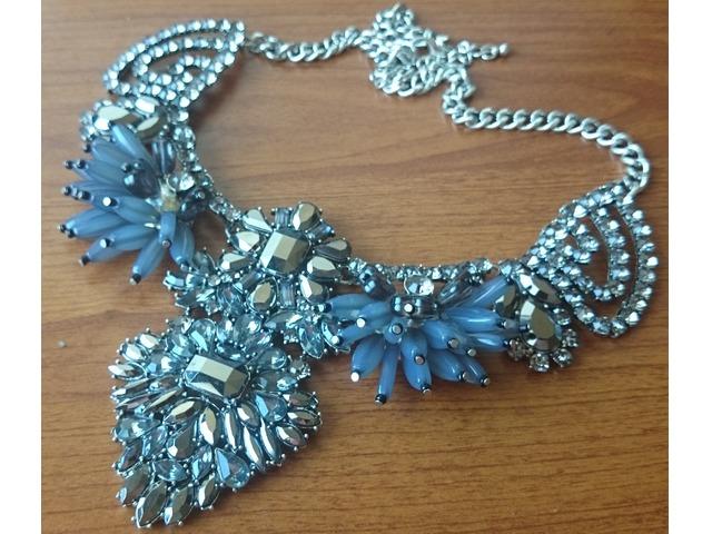 Predivna srebrna ogrlica