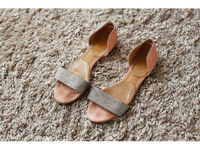 H&M breskva sandale 37
