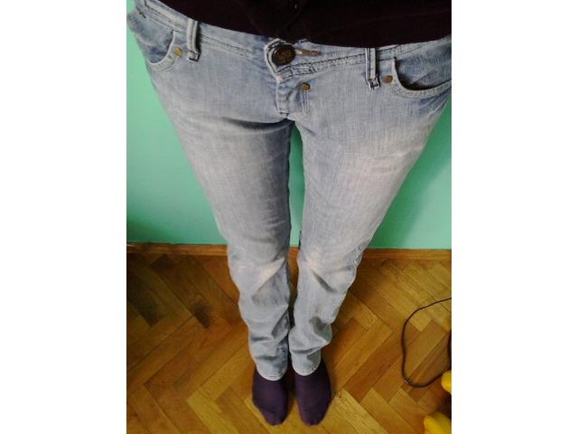 Lee hlače
