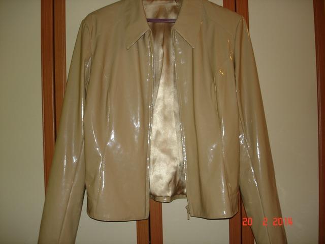 NOVA lakirana bež jakna