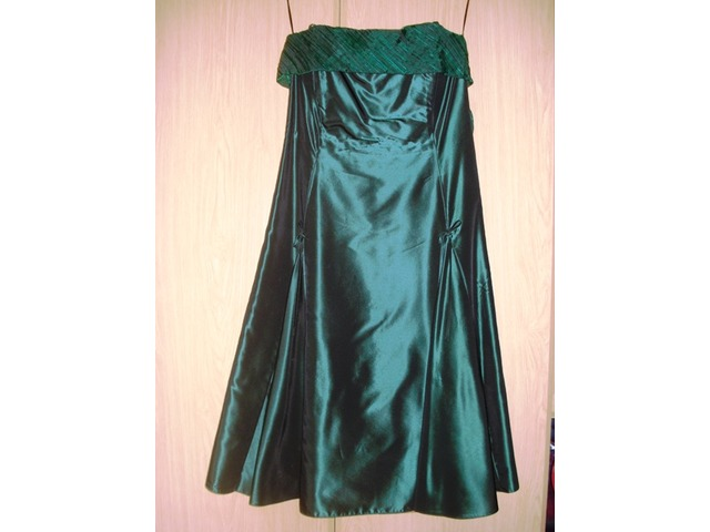 Svečana haljina C&A