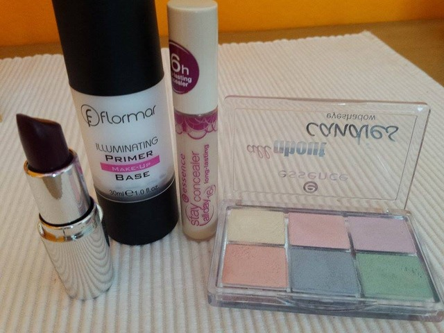 Lot kozmetike Flormar Essence Iq Lot kozmetike Flormar Essence Iq