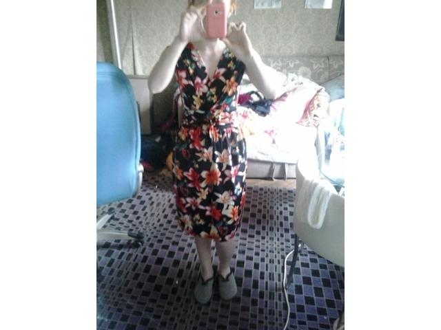 cvjetna haljina 38