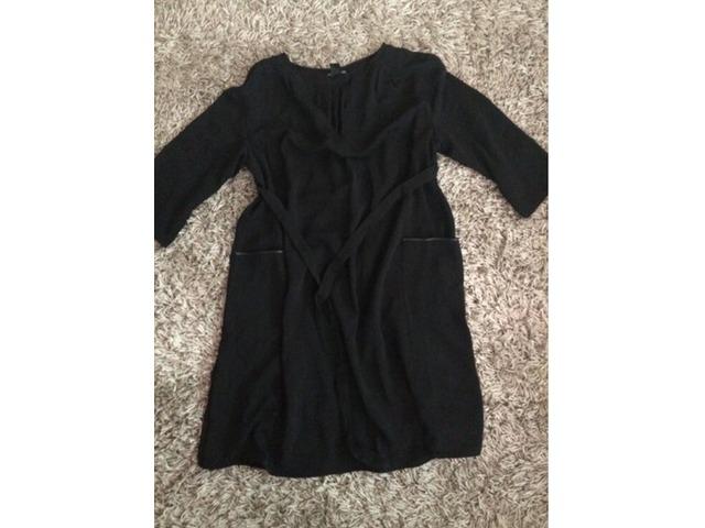 H&M trudnicka crna haljina