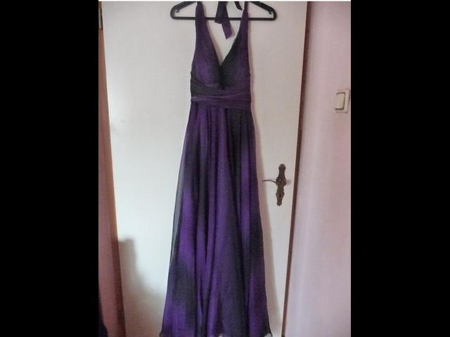 Duga ljubičasto-crna haljina