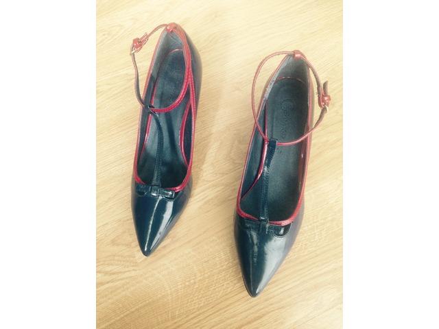 lakirane cipele