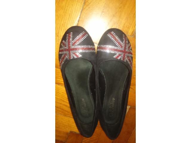Crne balerinke s uzorkom britanske zastave