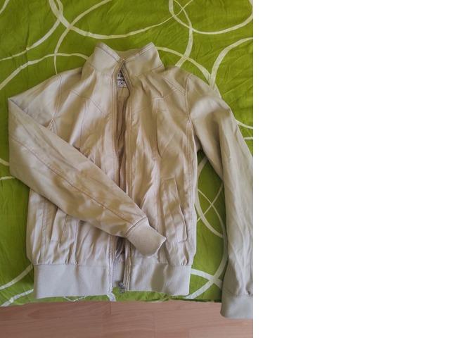 Bež jaknica Terranova