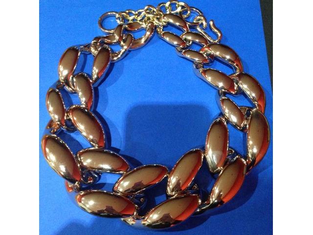 Zlatna ogrlica - nova