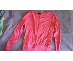 roza h&m pulover