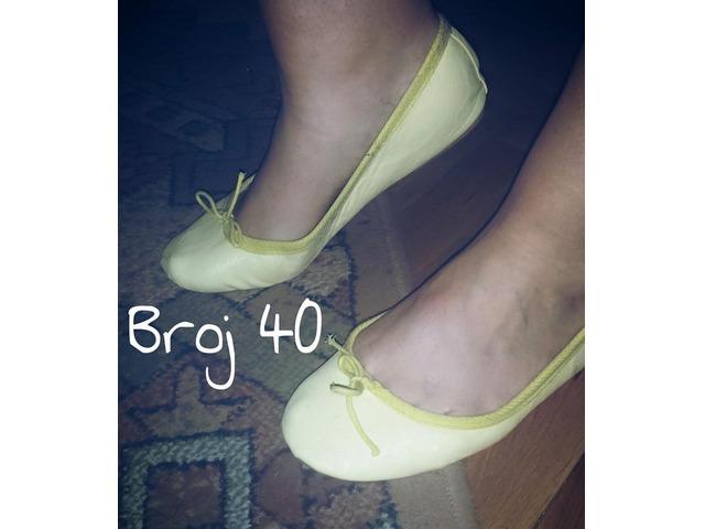 Balerinke- svjetlo žute- 30kn NENOŠENE