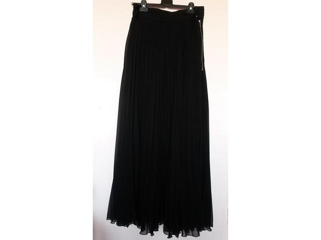 Zara crna maxi suknja..