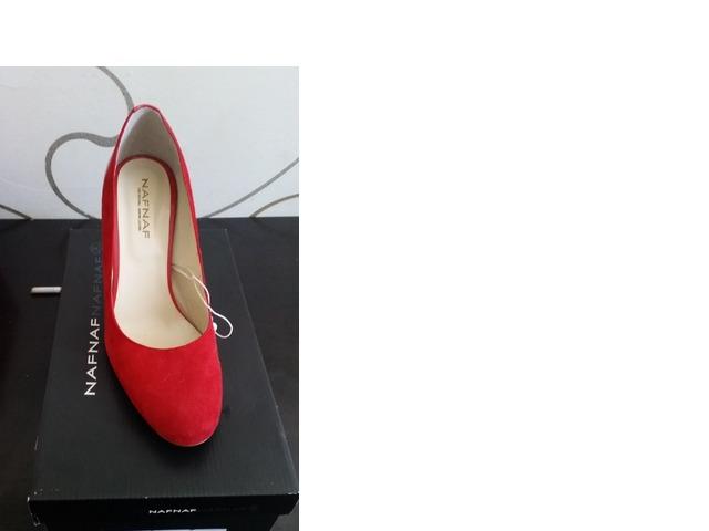 NAF NAF crvene cipele na petu