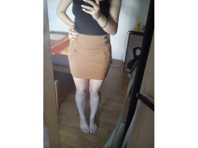 Uska suknjica (Zara)