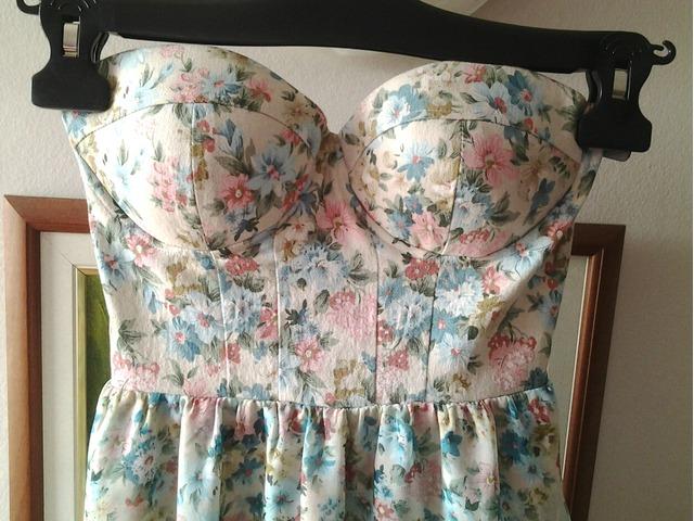 Review haljina