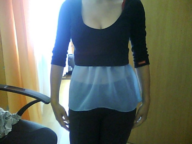 Crna peplum prozirna majica