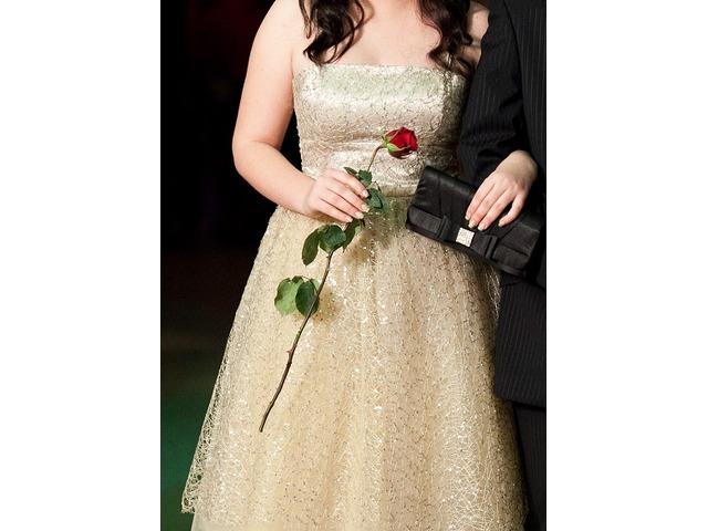 Svečana haljina zlatna čipka