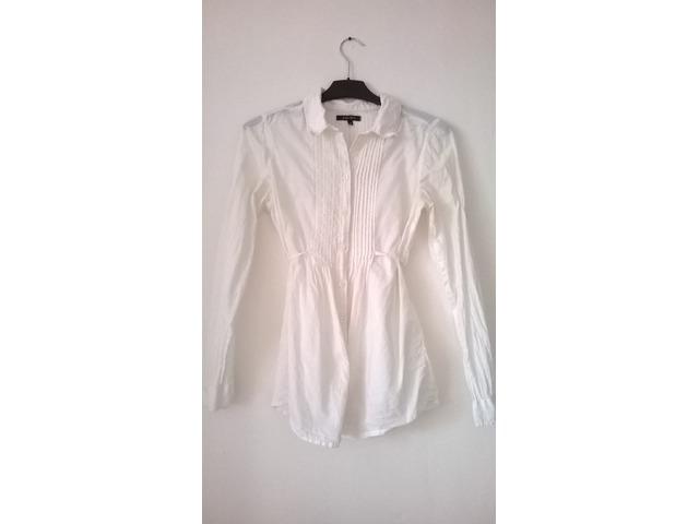 Bijela ženstvena bluza