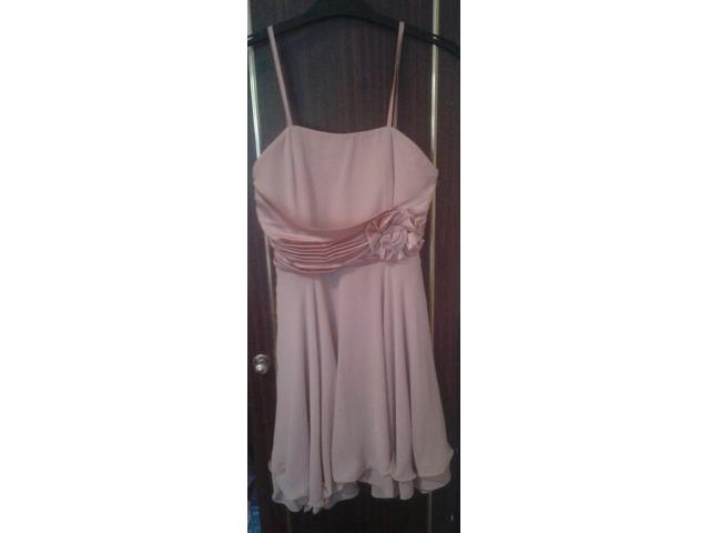Prljavo roza kratka haljina