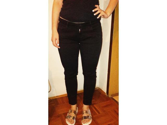 ZARA Uske crne hlače