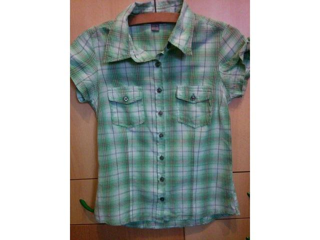 Zelena košulja kratkih rukava