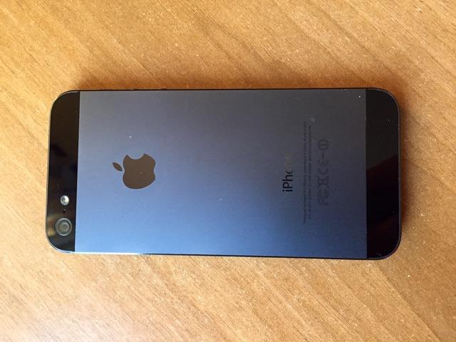 Iphone 5, 16 GB, crni