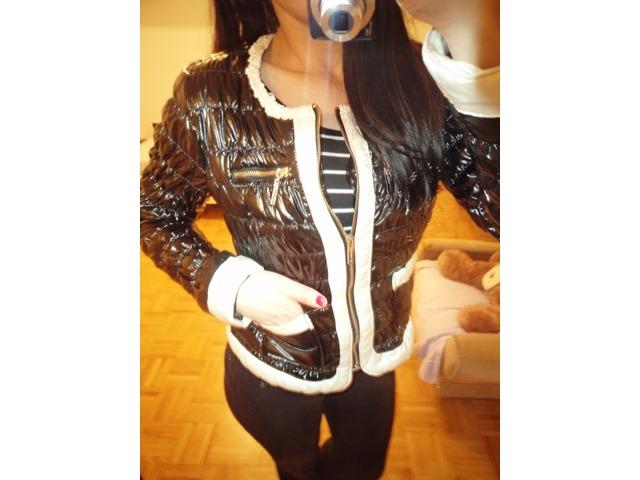 crno-bijela jakna
