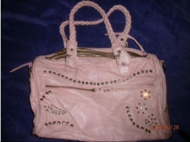 Roza vintage torba sa zakovicama