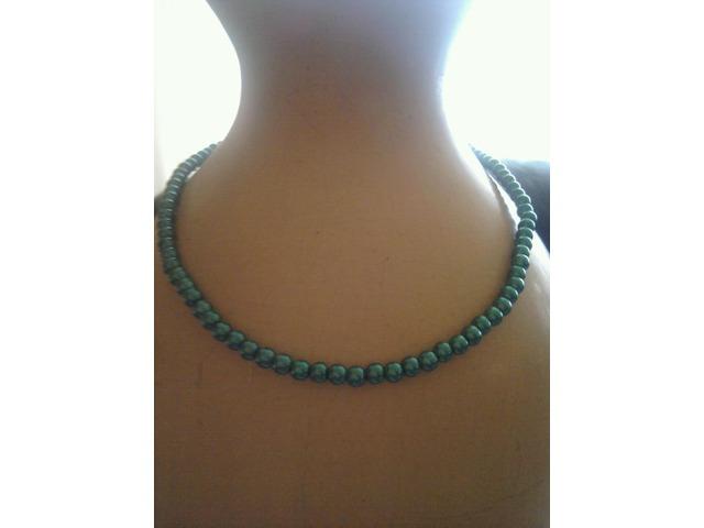 ogrlica biseri zelena