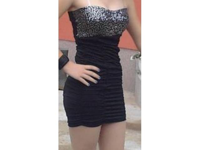 Crna haljina s šljokicama