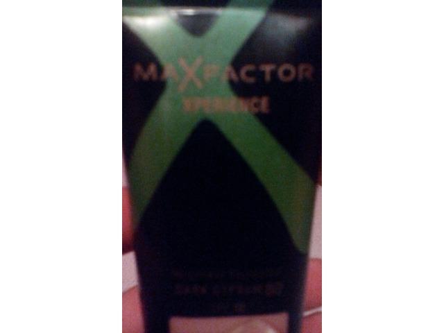 MaxFactor tekuci puder
