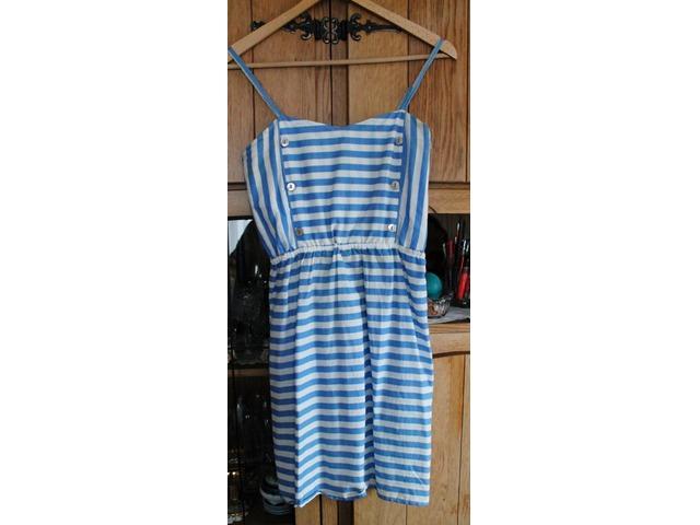 plavo bijela haljina