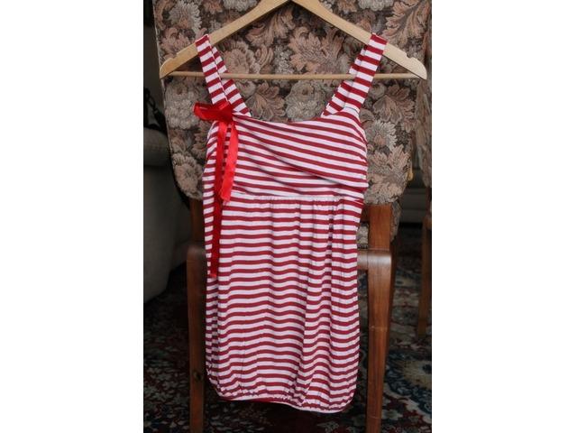 crveno bijela majica