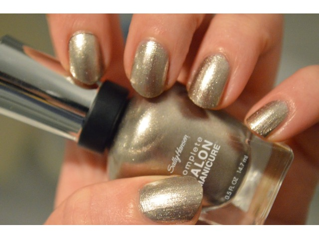 Sally Hansen lak za nokte-835 Coat of Arms