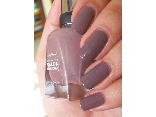 Sally Hansen lak za nokte-370 Commander in Chic