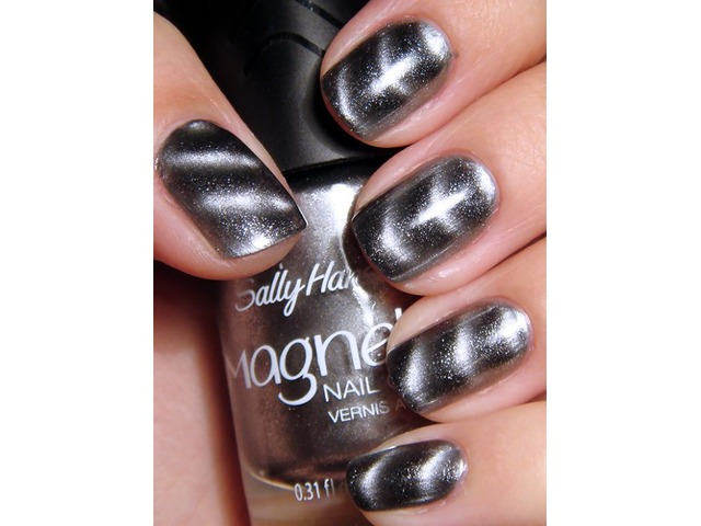 Sally Hansen lak za nokte -903 Silver Elements
